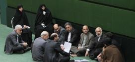 فشار دیگر نمایندگان اصفهان برای ابقای یک مدیرکل احمدی نژادی!